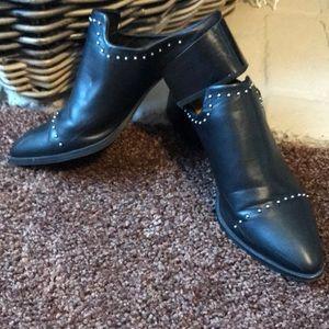 Mule Pointed Toe booties